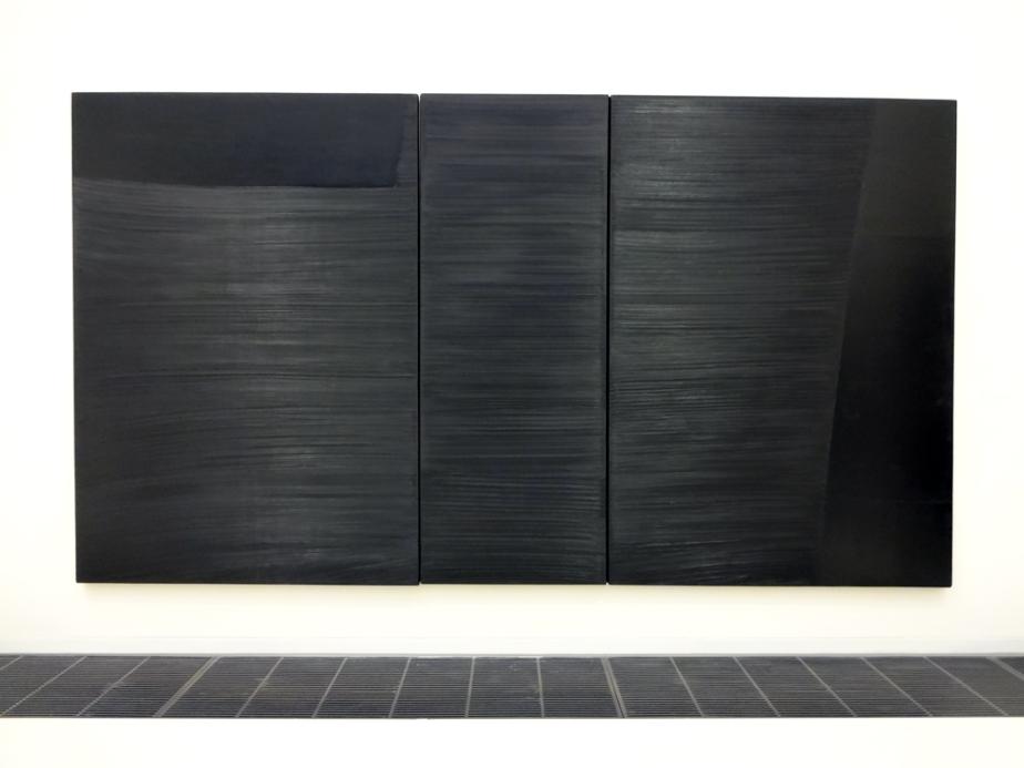 7-Soulages-Outrenoir-Peinture-222x400cm-3-mars-1984-Triptyque-Huile-sur-toile