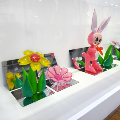 Jeff-Koons-1-Inflatable-Flowers,1978-Inflatable-Flower-and-Bunny,1979
