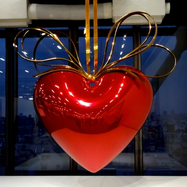 Jeff-Koons-8-Hanging-Heart,version-Red_Gold,1994-2006