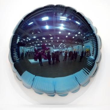 Jeff-Koons-8-Moon,version-Light-Blue,1995-2000